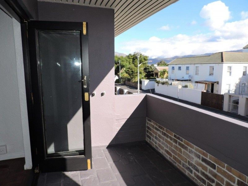 Newly Renovated Two Bedroom Flat in Heathfield with Balcony and Parking
