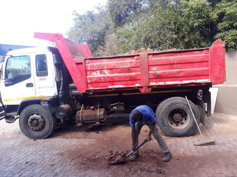 RUBBLE REMOVAL, TREE FELLING, DEMOLITION, SITE CLEARANCE   +27735990122