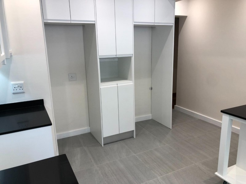 3 Bedroom Apartment / Flat to Rent in Kenilworth for rent