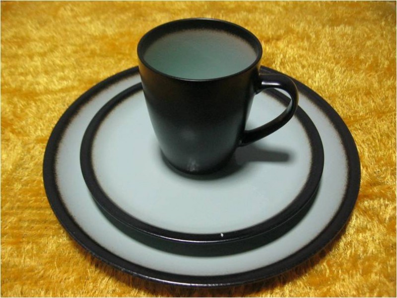 Wholesale Porcelain Plates and Mug and Bowls